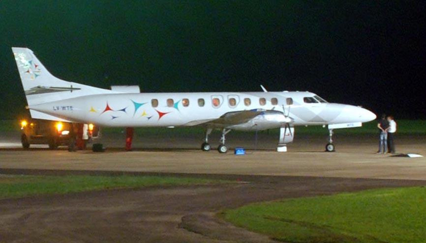 El avión sanitario aterrizó en Formosa a las 20.25 hs. Lo esperaba una ambulancia de Transmedic (Foto: NoticiasFormosa)