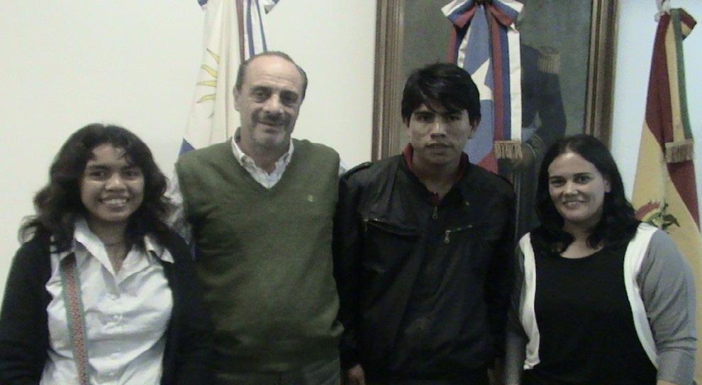 Eduardo Aragundi, alumnos y docente Formosa INTEL 2014.
