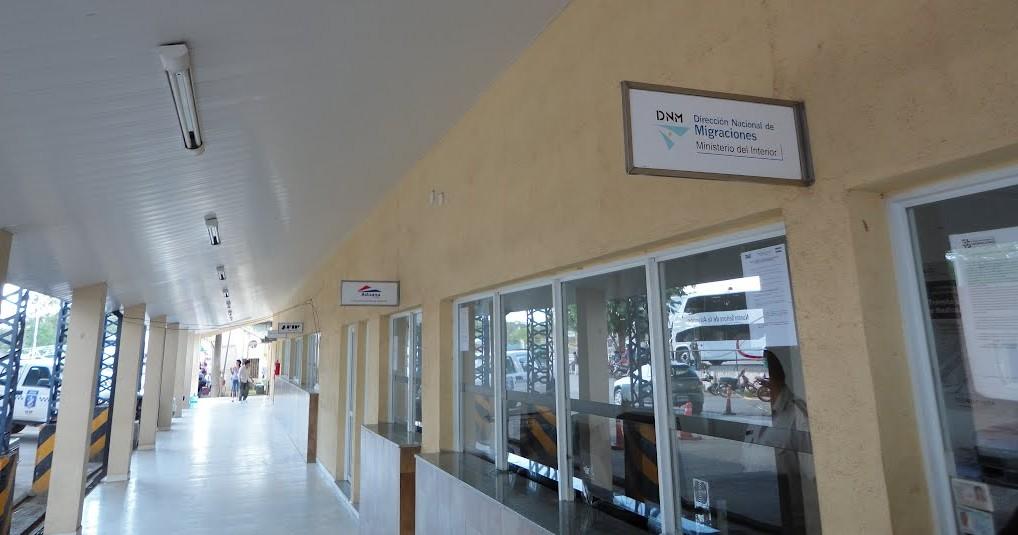 Zona fronteriza donde conviven oficinas argentinas y paraguayas.