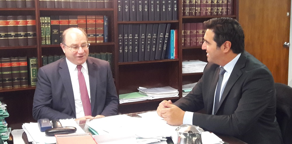 El Presidente del Consejo de la Magistratura, Miguel Piedecasas, junto al diputado Martín Hernández.