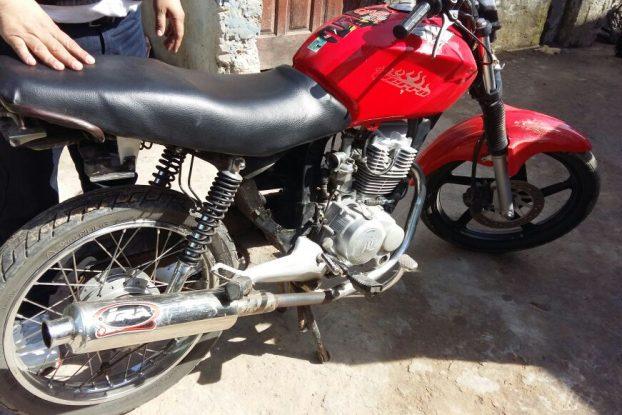 moto rompecoches 01