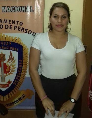 La mujer aparentemente, valiéndose de su condición de azafata, iba a llevar los artefactos a Formosa, Argentina.
